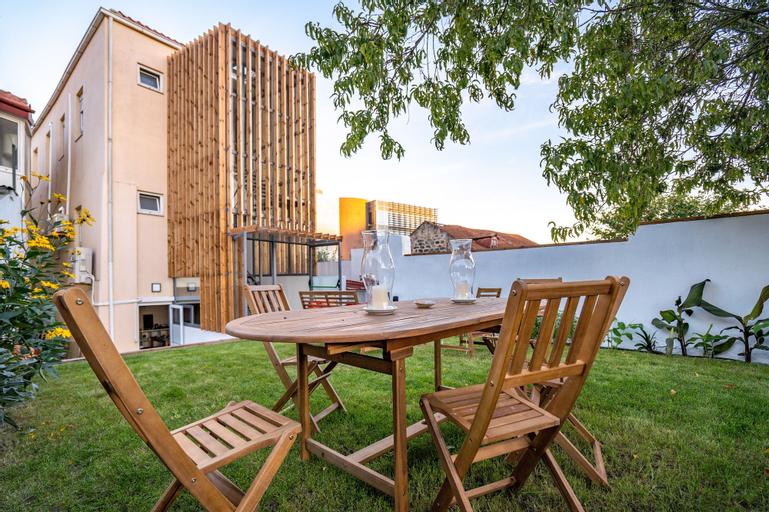 Peach Hostel & Suites, Porto