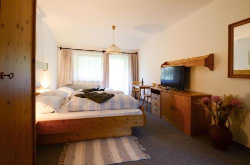 Hotel Pension Tennengau, Hallein