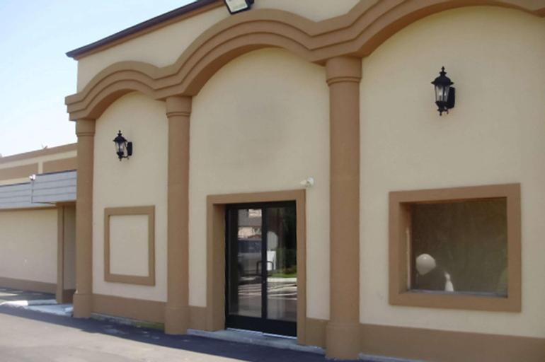 Rodeway Inn, Bucks
