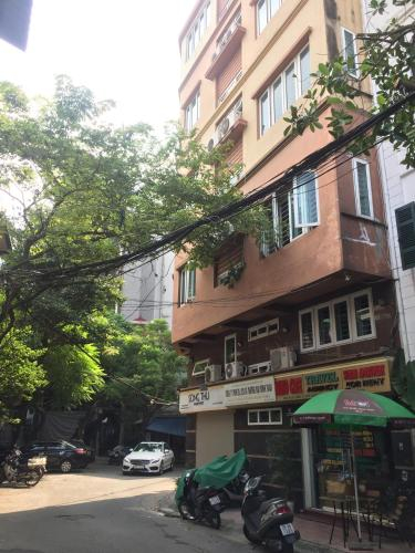 Wing Family Studio Apartment, Ba Đình