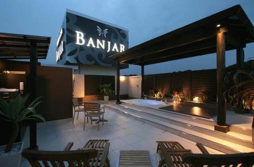 HOTEL BANJAR, Niiza