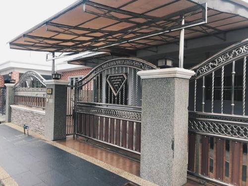 (Muslim-Friendly) Noza Homestay @ Kuala Selangor, Kuala Selangor