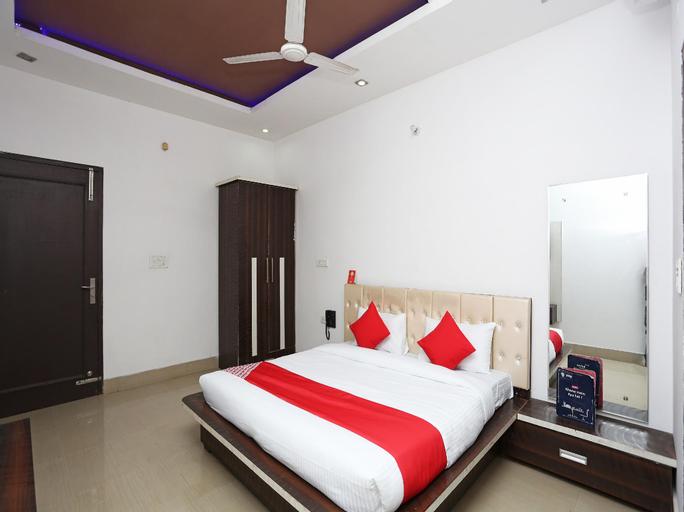 OYO 28227 Hotel Abhinandan, Kurukshetra