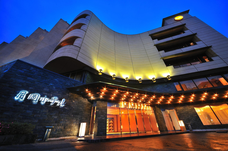 Senkeien Tsukioka Hotel, Kaminoyama