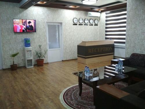 hostel Farovon, Toshloq
