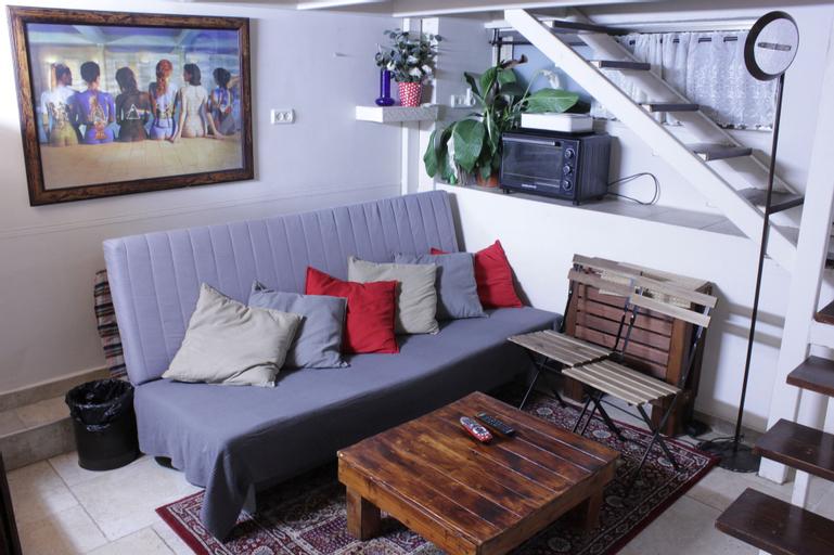 Ahuzat Shaul - Apartment,