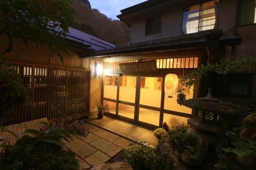 Yoshinoonsen Motoyu, Yoshino