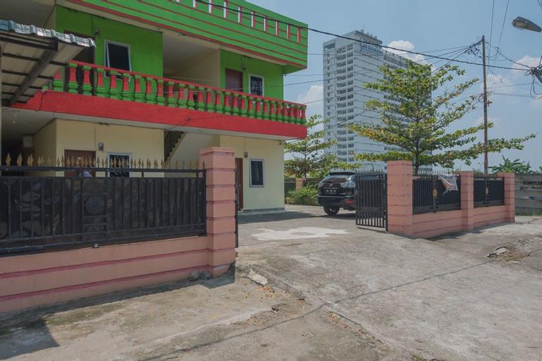 RedDoorz near Politeknik Negeri Medan, Medan