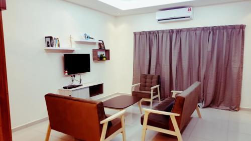 Ipoh Family Homestay (4 rooms, 3 baths), Kinta