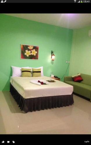 โรงแรม มอร์ริชเฮ้าท์, Khlong Hoi Kong