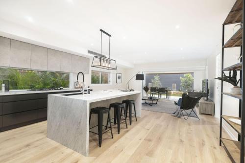 BRAND NEW HOME FOR RENT SHORT STAY, Marrickville