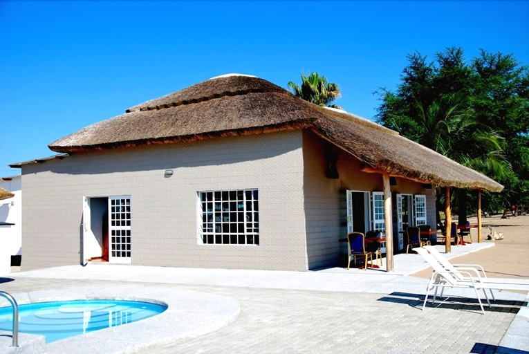 Skinny Hippos Lodge, TA Mponda