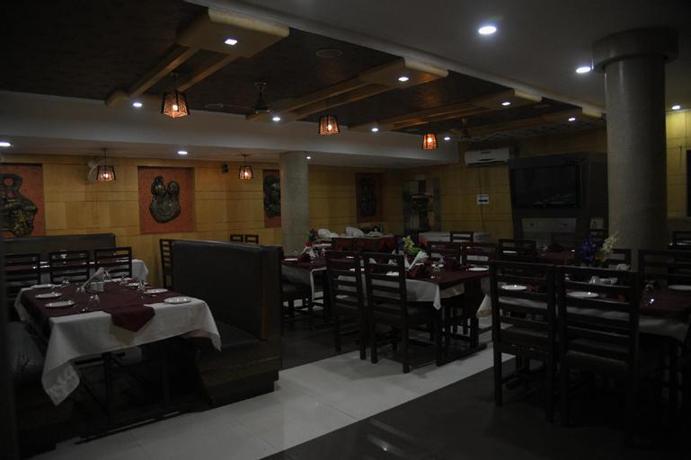 Hotel Vinayak Palace, Bilaspur