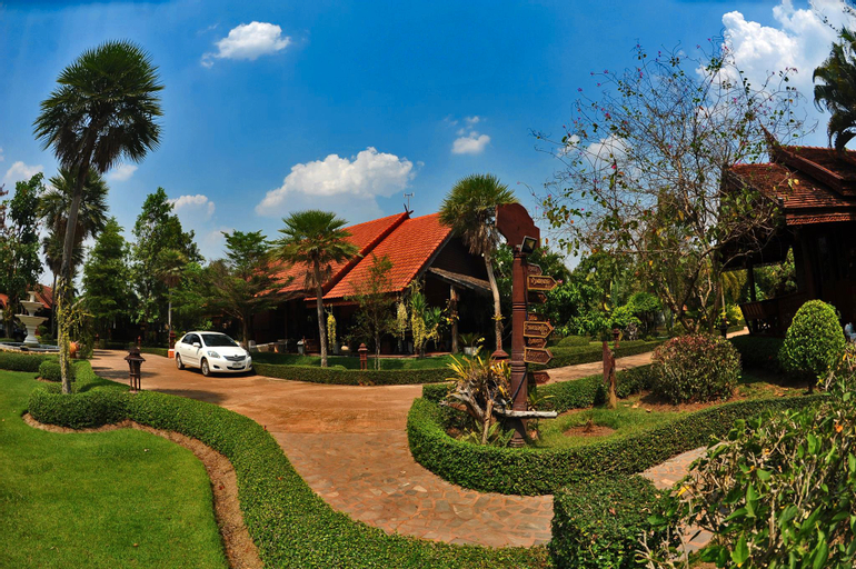 Chuan Thanapanya Resort, Sawang Daen Din