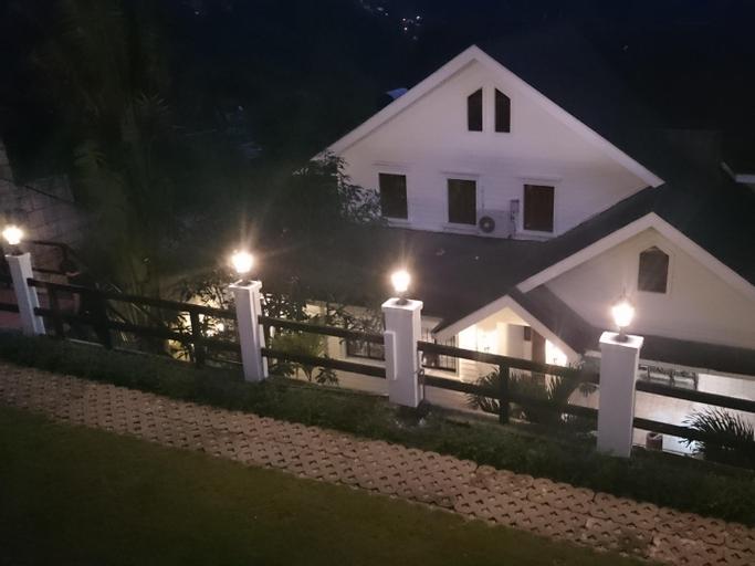 Chateau Beatrice, Tagaytay City