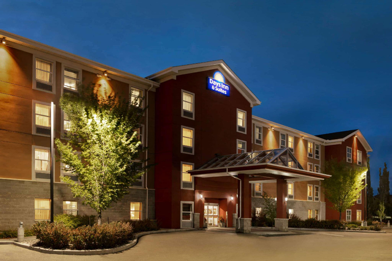 Days Inn & Suites by Wyndham Sherwood Park Edmonton, Division No. 11