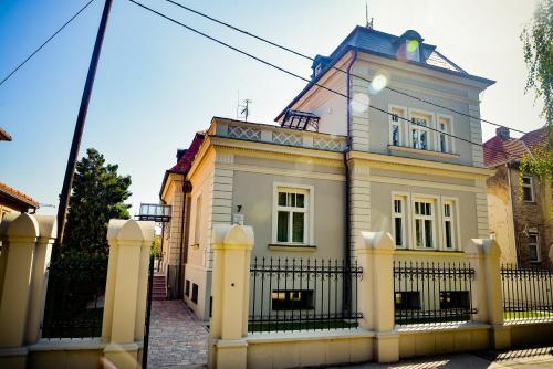 Villa Ljiljana, Vinkovci
