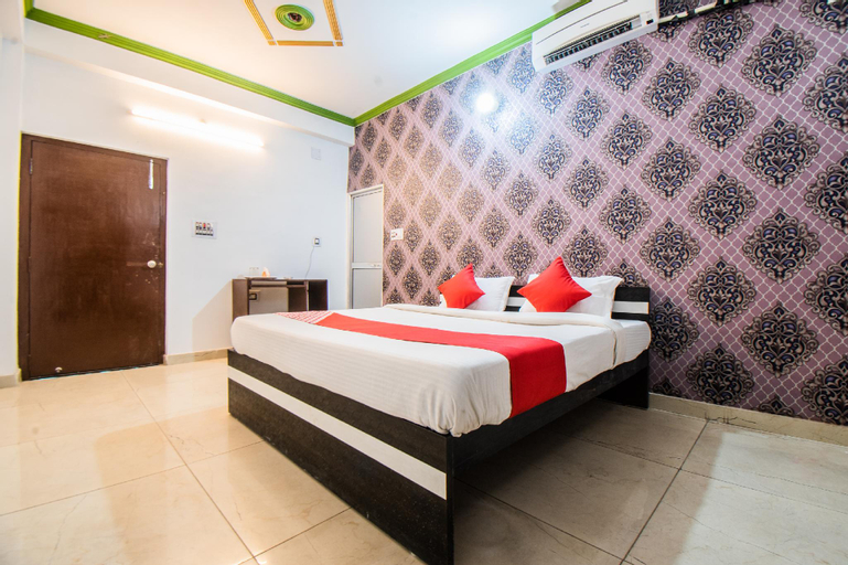 OYO 33381 Hotel Royal Inn, Vaishali