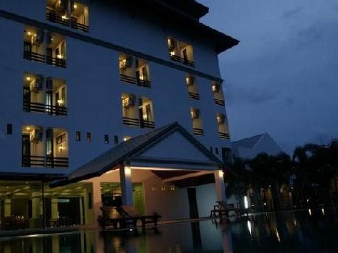 Warawan Resort & Hotel, Muang Prachuap Khiri Khan