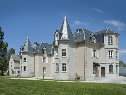 Le Chateau D'orfeuillette, Lozère
