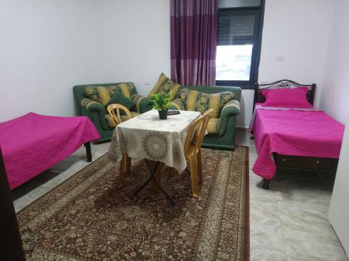 Al Raya Suites Apartment, Ramallah and Al-Bireh