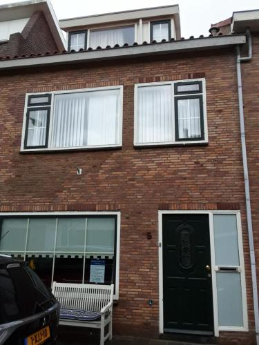Tamar 2, Katwijk