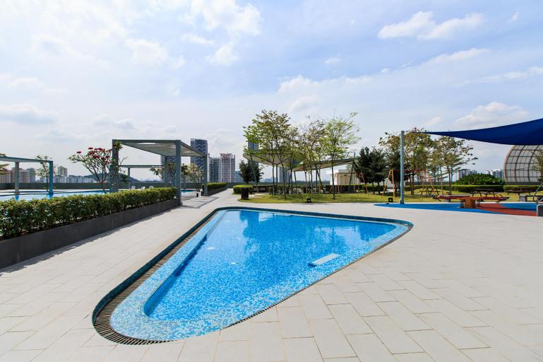 Encorp Strand Residence at Kota Damansara, Kuala Lumpur