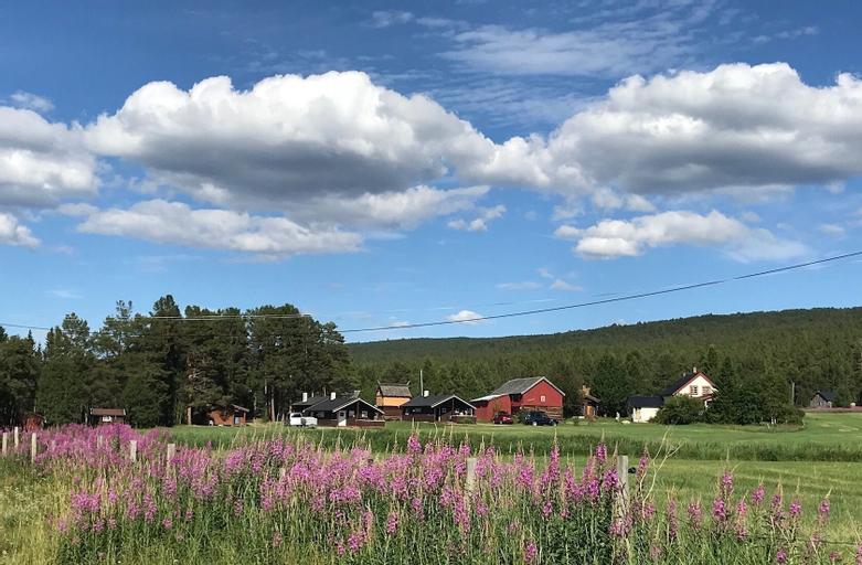 Roste Hyttetun og Camping, Os