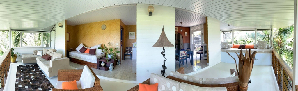 Mahina Apartment - Elegantly tropical,