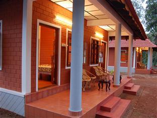 Dazzle Dew Resort, Alappuzha