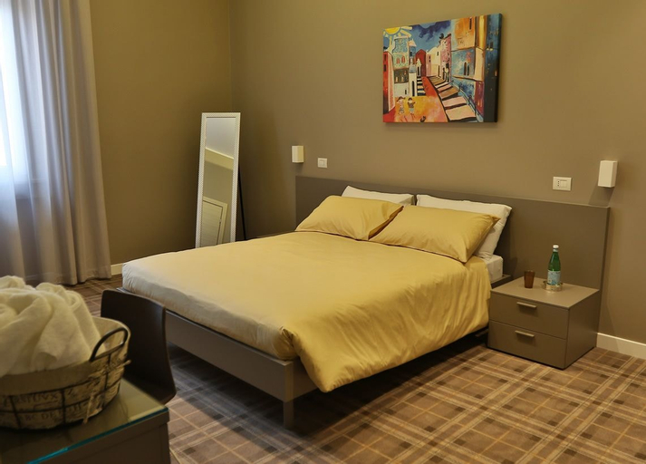 Piazza Italia  -  Rooms  for Rent, Foggia
