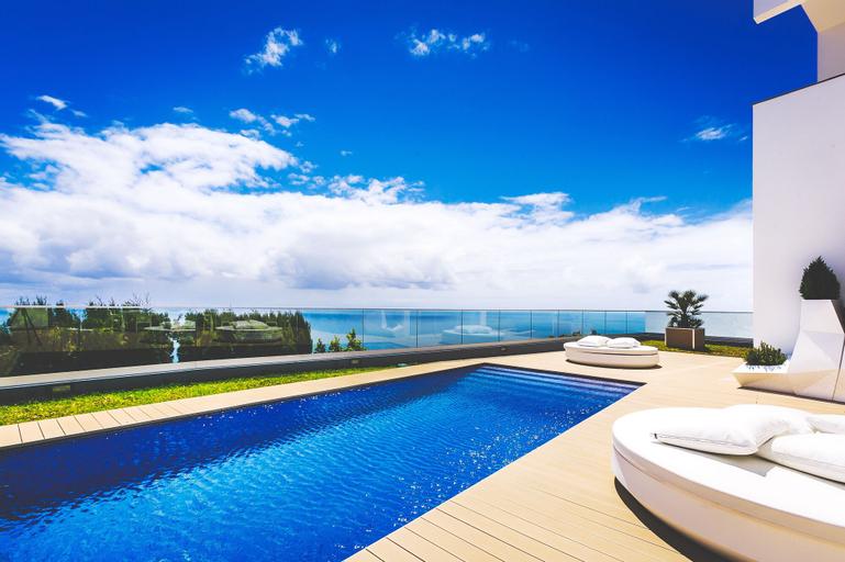 Villa Carlota by Holiday Rental Management, Santa Cruz