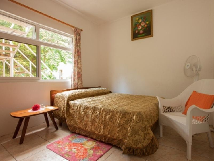 Jeanny's Self Catering Apartments,
