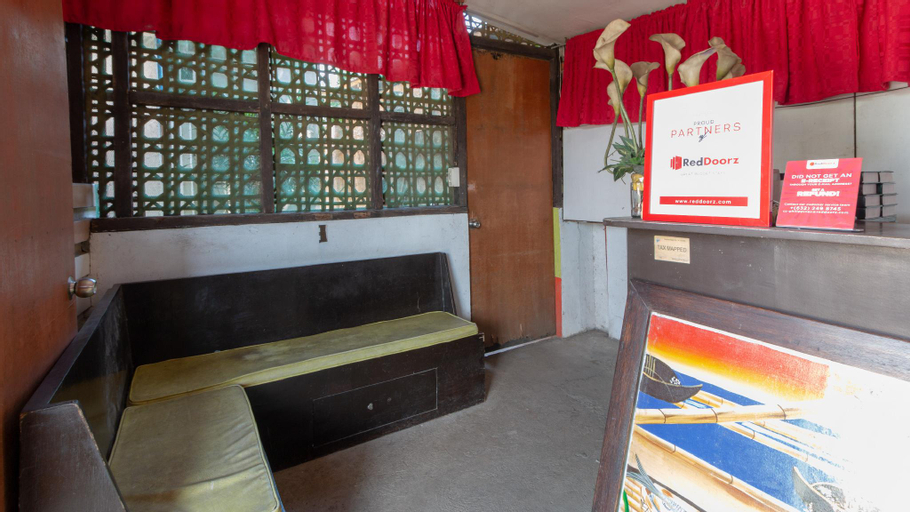 RedDoorz near Manlurip Rotonda Tacloban, Tacloban City