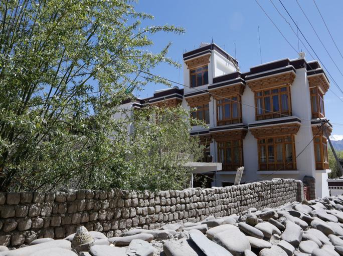 OYO 11490 Hotel Royal Hill, Leh (Ladakh)