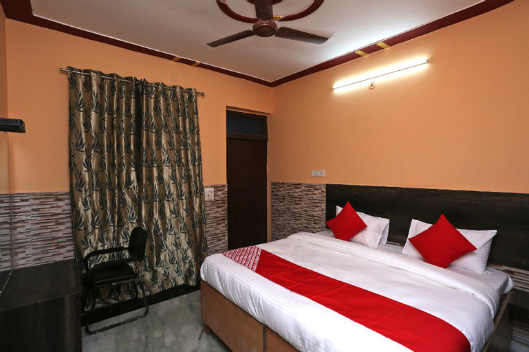 OYO 33347 Hotel Alaska, Meerut