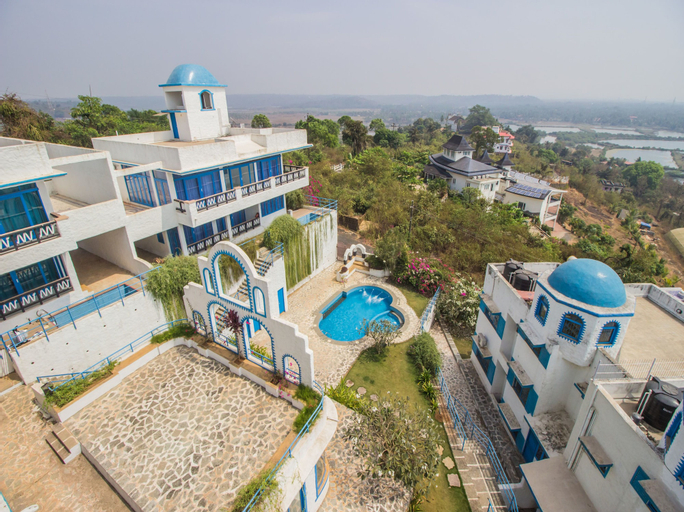 OYO 11897 Home Greek Style 2BHK With Pool Bambolim, North Goa