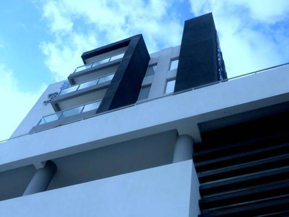 Torre Hotel Ejecutivo, Andrés Ibáñez