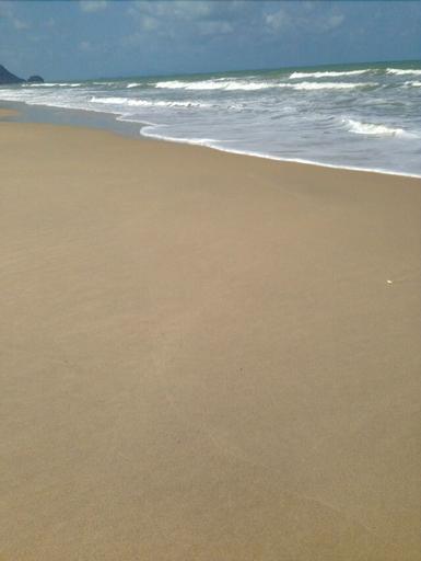 Wis Beach Khanom, Khanom