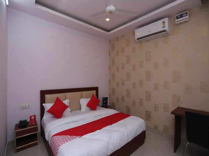 OYO 22079 Hotel Blueberry, Faridabad