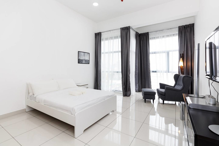 Bright and Comfy Studio 10 Minutes From Klcc, Kuala Lumpur