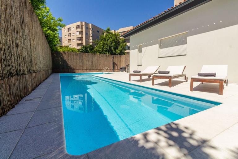 Quinta de Infias villa with pool close to city center, Braga