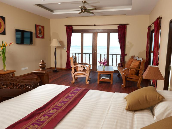 Sara Beachfront Boutique Resort, Pathiu