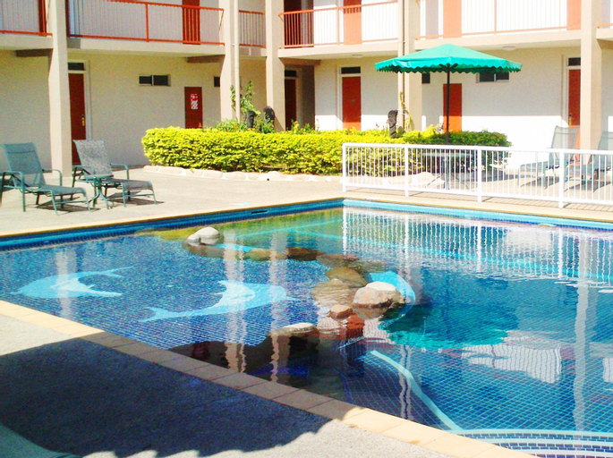 Trans International Hotel, Ba