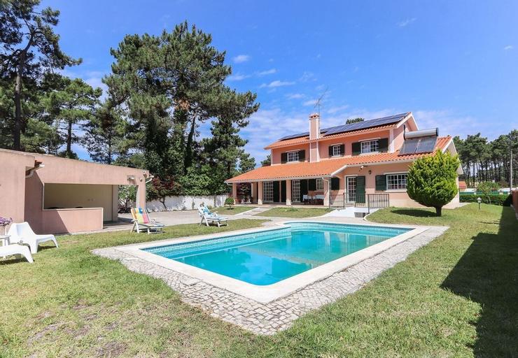Caparica Beach Villa by Homing, Seixal