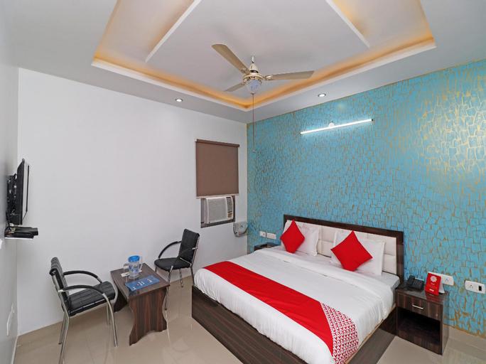 OYO 28849 Hotel Sunshine, Faridabad