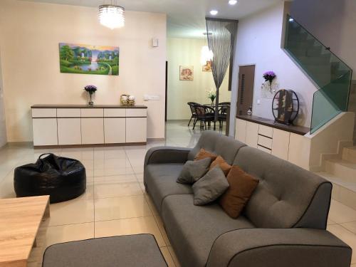 Sweet home 3 room 3 bathroom @Jusco Bukit Indah, Johor Bahru