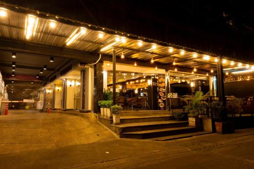 Benzhouse, Bang Kho Laem