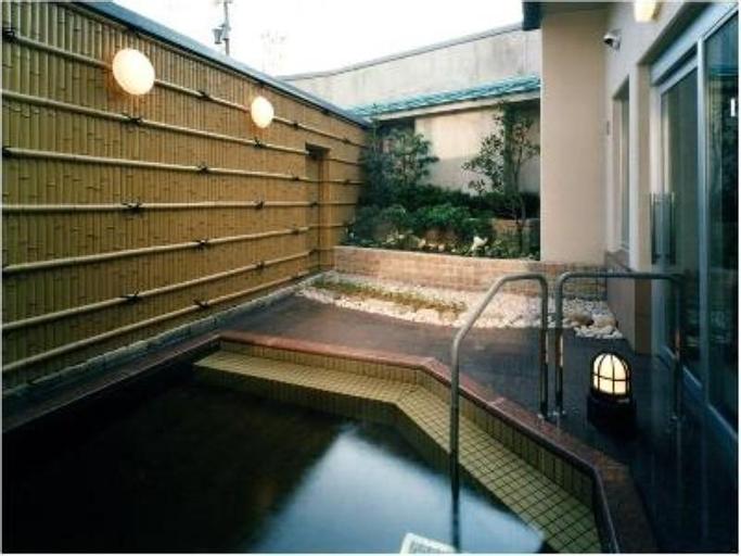 Kanponoyado Toyama, Toyama