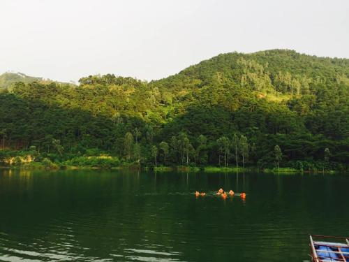 Lakeside Villa - Ho Đong Đo, Soc Son - BBQ, View Ho, leo nui, cheo thuyen, Sóc Sơn